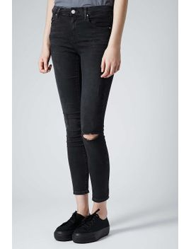 moto-ripped-low-rise-leigh-jeans by topshop