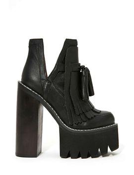 jeffrey-campbell-o-quinn-platform-boot---black by nasty-gal
