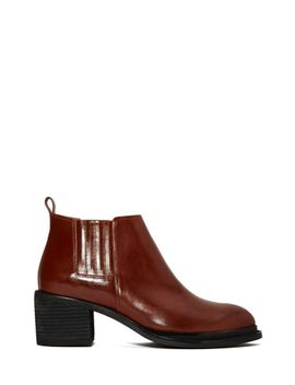 jeffrey-campbell-eldin-chelsea-boot by nasty-gal
