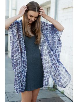 alexis-kimono-top by brandy-melville
