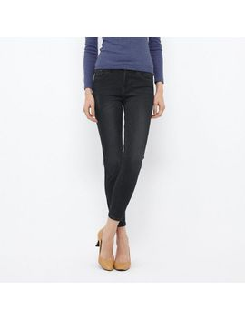 women-ultra-stretch-ankle-length-jeans by uniqlo