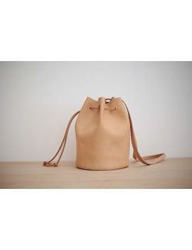 joydivision-vintage--leather-bag-_-leather-bucket-bag-_-durable-drawstring-backpack-brown by ionnoi