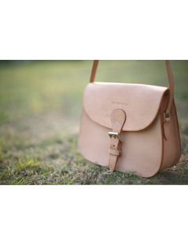 joydivision-saddle-womens-bag-_-leather-bags-_-handmade-saddle-leather-bag-large-nature-color by ionnoi