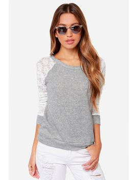 louisville-hugger-heather-grey-and-ivory-sweater-top by lulus