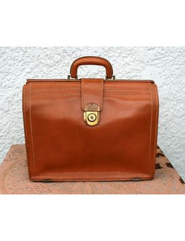 classic-vintage-pecan-brown-leather-briefcase,-satchel-or-portfolio,-brass-hardware by mysticlily