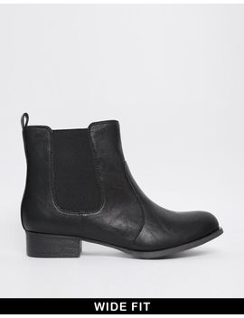 new-look-wide-fit-binx-ankle-boots by new-look