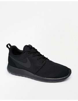 nike-roshe-run-trainers by nike