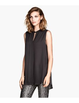 sleeveless-blouse by h&m