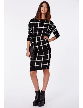 ayisha-black-oversize-white-grid-brushed-knit-sweater by missguided