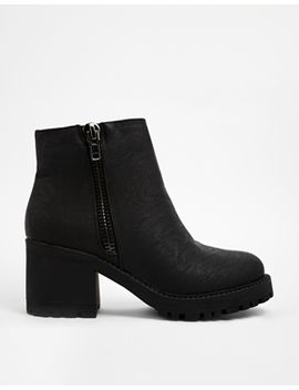 new-look-champ-black-zip-detail-chunky-heeled-ankle-boots by new-look