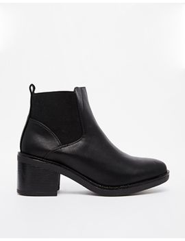 new-look-elmo-black-block-heel-chelsea-boots by new-look
