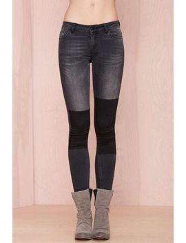 just-female-play-on-jeans---black by nasty-gal