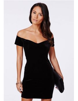 phyllis-velvet-bardot-bodycon-dress-black by missguided