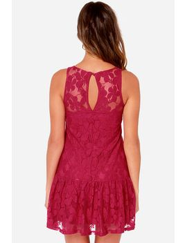 others-follow-pencey-berry-red-lace-dress by others-follow