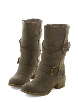 road-to-the-ranch-boot-in-pavement by modcloth