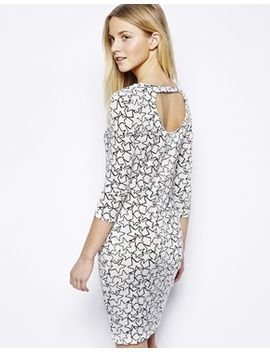 vero-moda-bodycon-dress-in-star-print by vero-moda