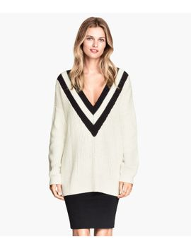 v-neck-sweater by h&m