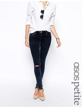 asos-petite-whitby-low-rise-skinny-jeans-in-alaska-wash-with-ripped-knee by asos-petite