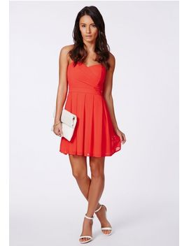 anika-chiffon-bandeau-skater-dress-red by missguided