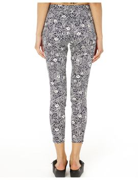 botanical-print-capri-pants by glassons