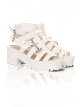 white-strapped-buckle-chunky-sandals by lavish-alice