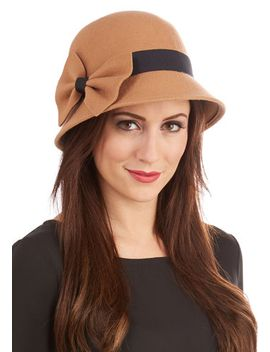 dancy-seeing-you-here-hat by modcloth