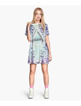 patterned-t-shirt-dress by h&m