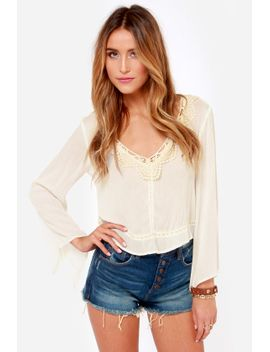 bohemian-dreams-ivory-lace-top by lush