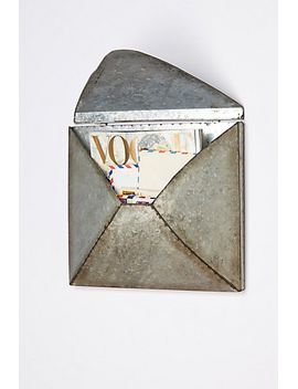 welded-letter-holder by anthropologie
