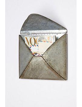 welded-letter-holder by anthropologie