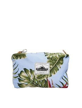 penfield-danbury-wash-bag by penfield