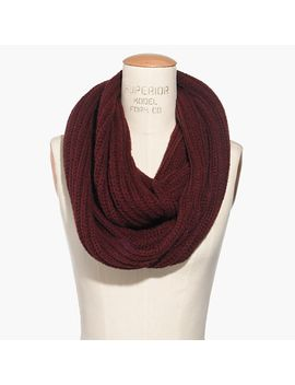 softest-ribbed-circle-scarf by madewell
