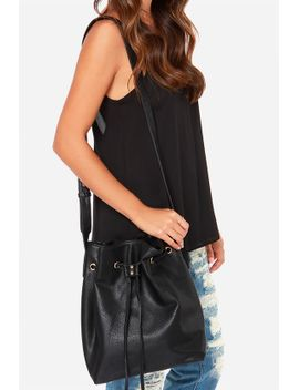 quick-on-the-drawstring-black-tote by lulus
