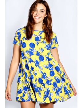 louisa-cap-sleeve-shift-dress by boohoo