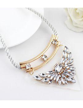 white-gemstone-collar-necklace by sheinside