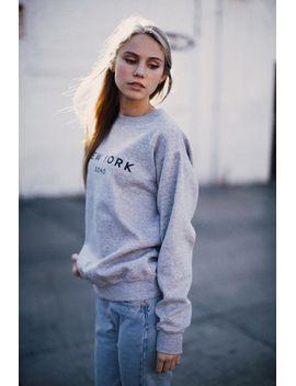 erica-soho,-ny-sweatshirt by brandy-melville