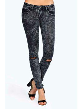 jess-mid-rise-grey-acid-wash-knee-rip-skinny-jeans by boohoo