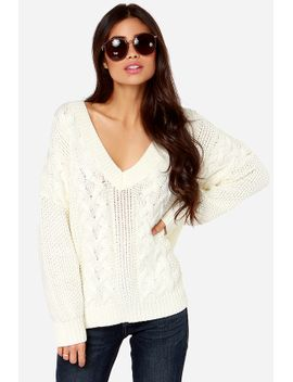 irish-you-were-here-cream-cable-knit-sweater by glamorous