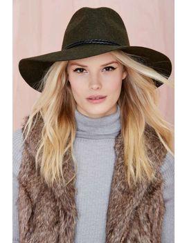 alexandra-panama-hat by nasty-gal