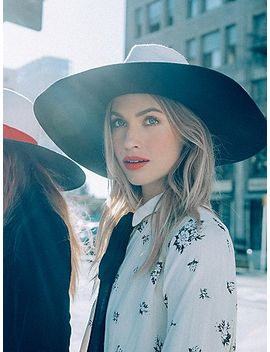 splice-two-tone-banded-hat by free-people