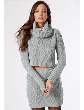 aliya-roll-neck-cable-knit-crop-jumper-grey by missguided