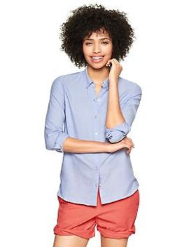 fitted-boyfriend-oxford-shirt by gap