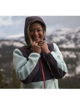 womens-denali-hoodie by the-north-face