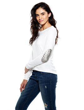 super-soft-sequin-elbow-patch-top by delias