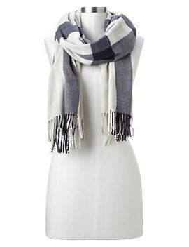 cozy-plaid-stripe-scarf by gap
