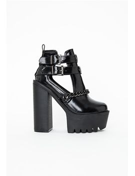 darcy-cleated-sole-chain-trim-platform-boots by missguided