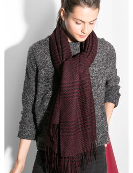 houndstooth-knit-scarf by mango