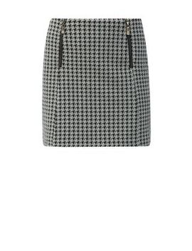 monochrome-jersey-houndstooth-zip-pocket-mini-skirt by new-look