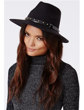 rosa-stud-trim-fedora-black by missguided