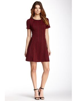 short-sleeve-jacquard-chevron-knit-flare-dress by eci